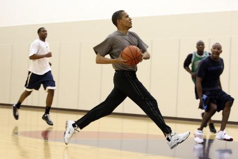 Obama pelo menos tem velocidade no contra-ataque...